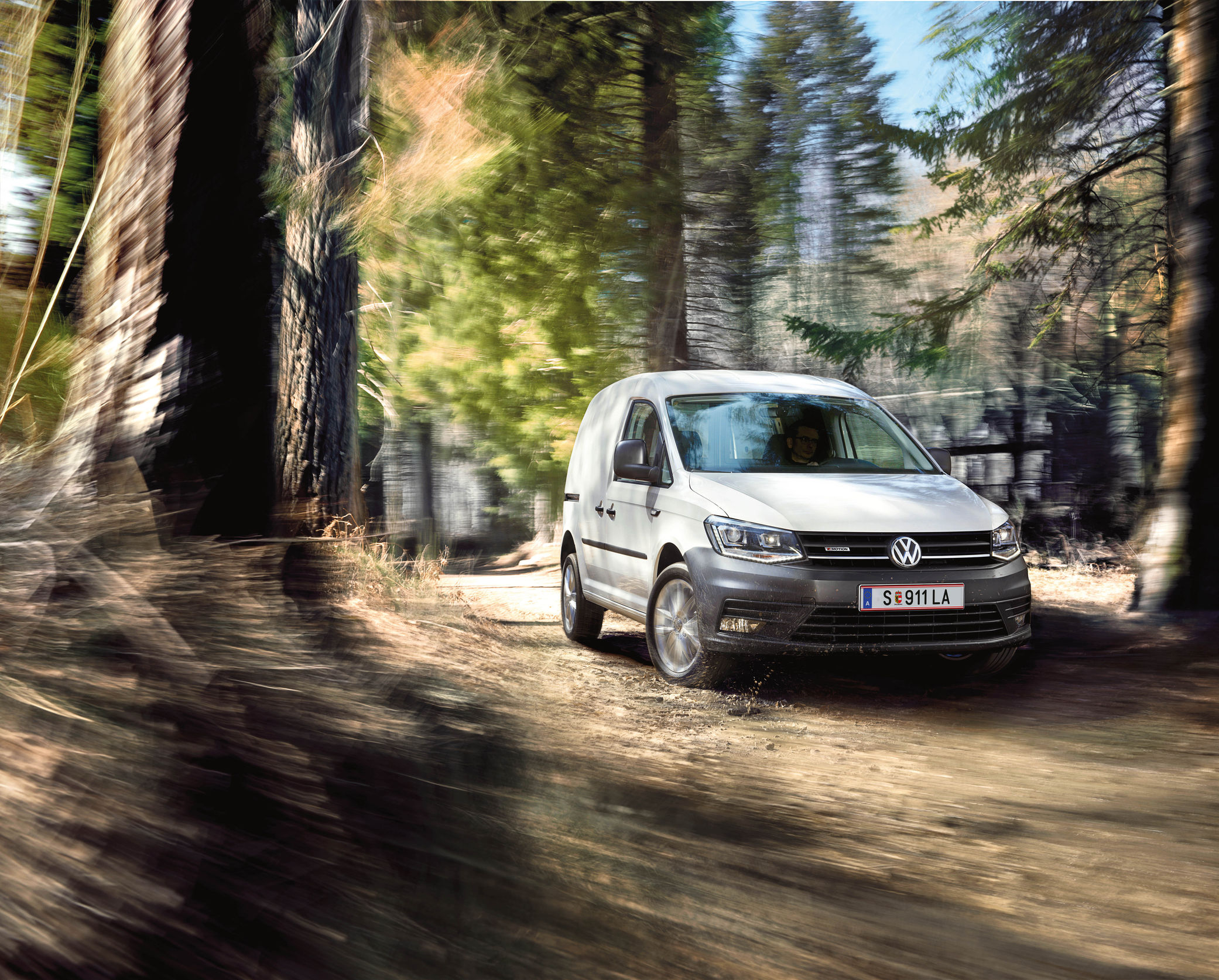 vw-caddy-kastenwagen-4motion.jpg